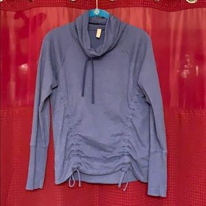 EXCELLENT CONDITION LUCY TOP!